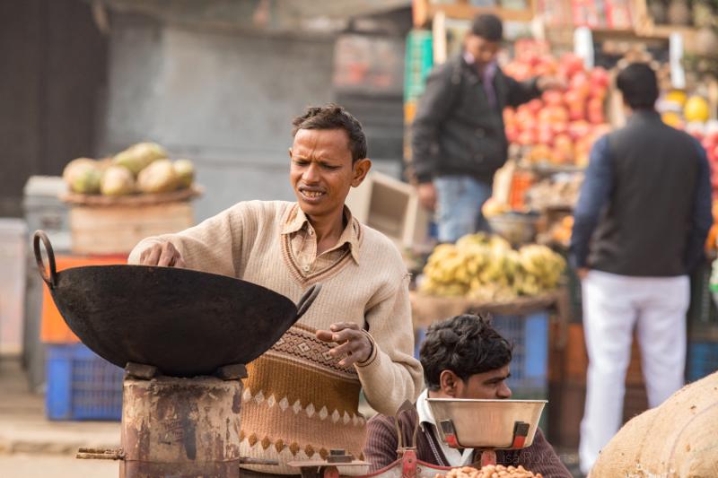 Nut seller,Mathura, Uttar Pradesh, India