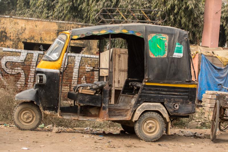 Old tuk-tuk,Driving Oxen cart,Mathura, Uttar Pradesh, India