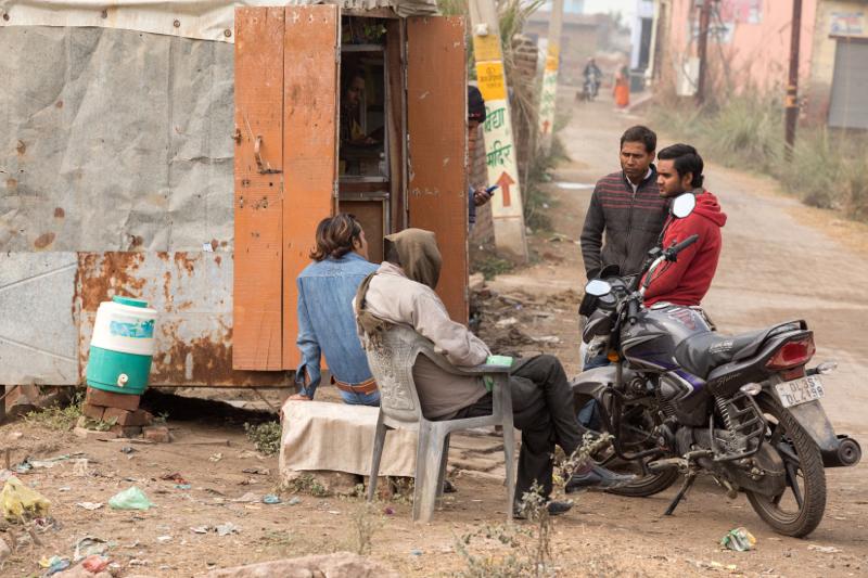 Afternoon catch up, Kosi Kalan, India