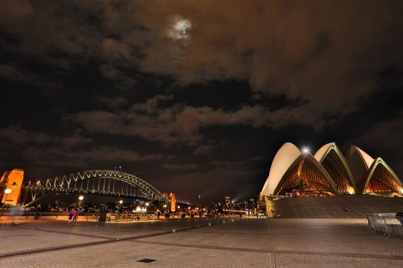 Sydney Harbour Bridge & Opera House,Australia