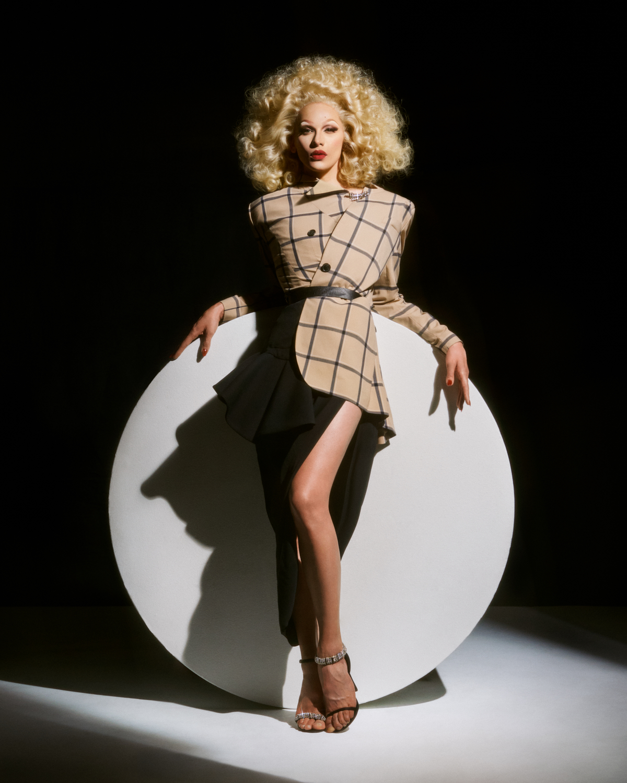 Mat+Kat_Miss Fame_V Magazine_Web Jpegs_10.jpg
