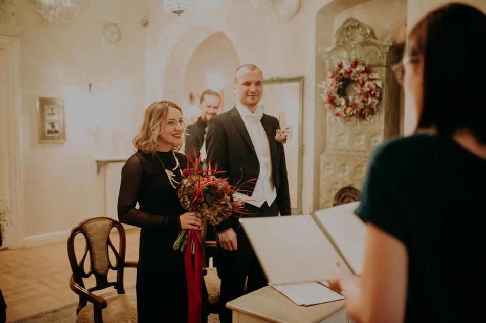 winter-wedding-photography-zukography 13.jpg