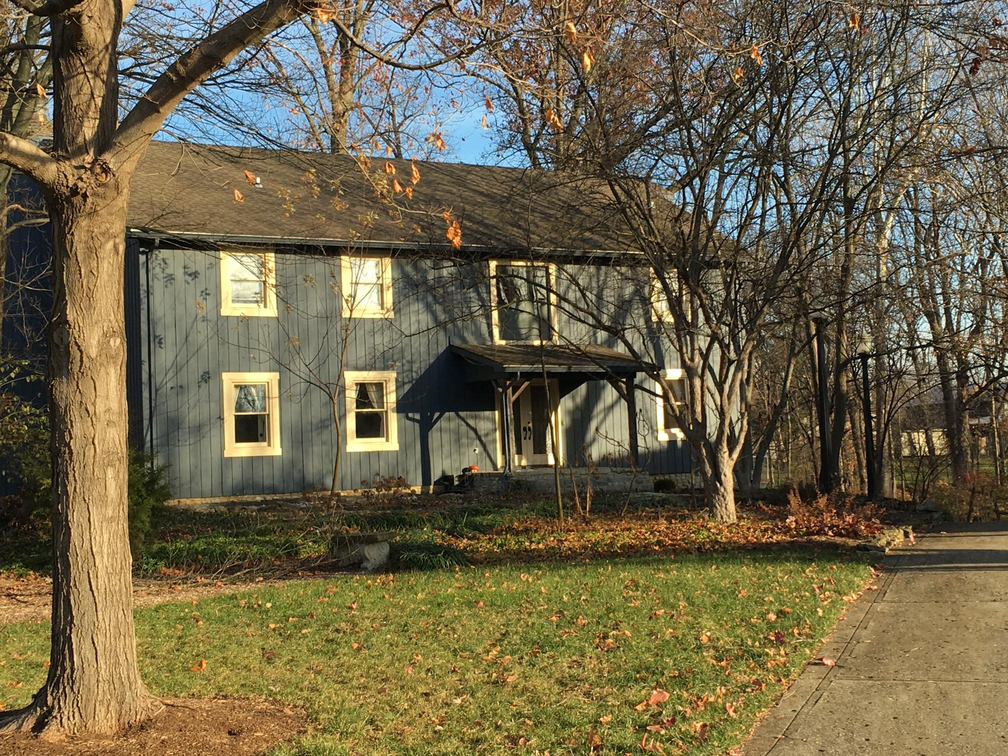 Amanda's childhood home