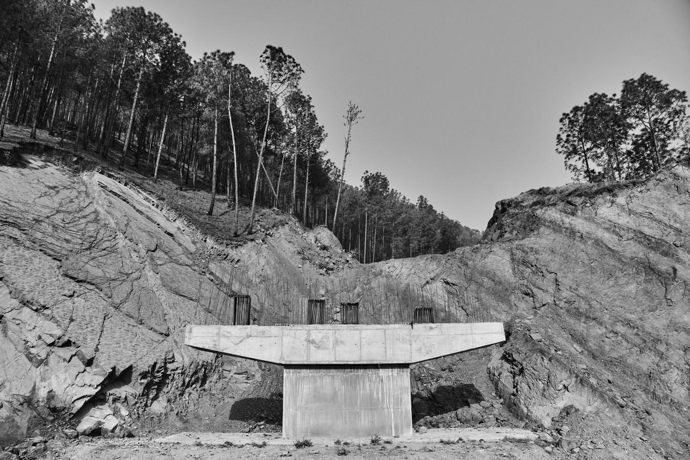 "Samleach (Kalka To Shimla Road), Himachal Pradesh, India | Photograph | 12"" x 18"" | 2017"