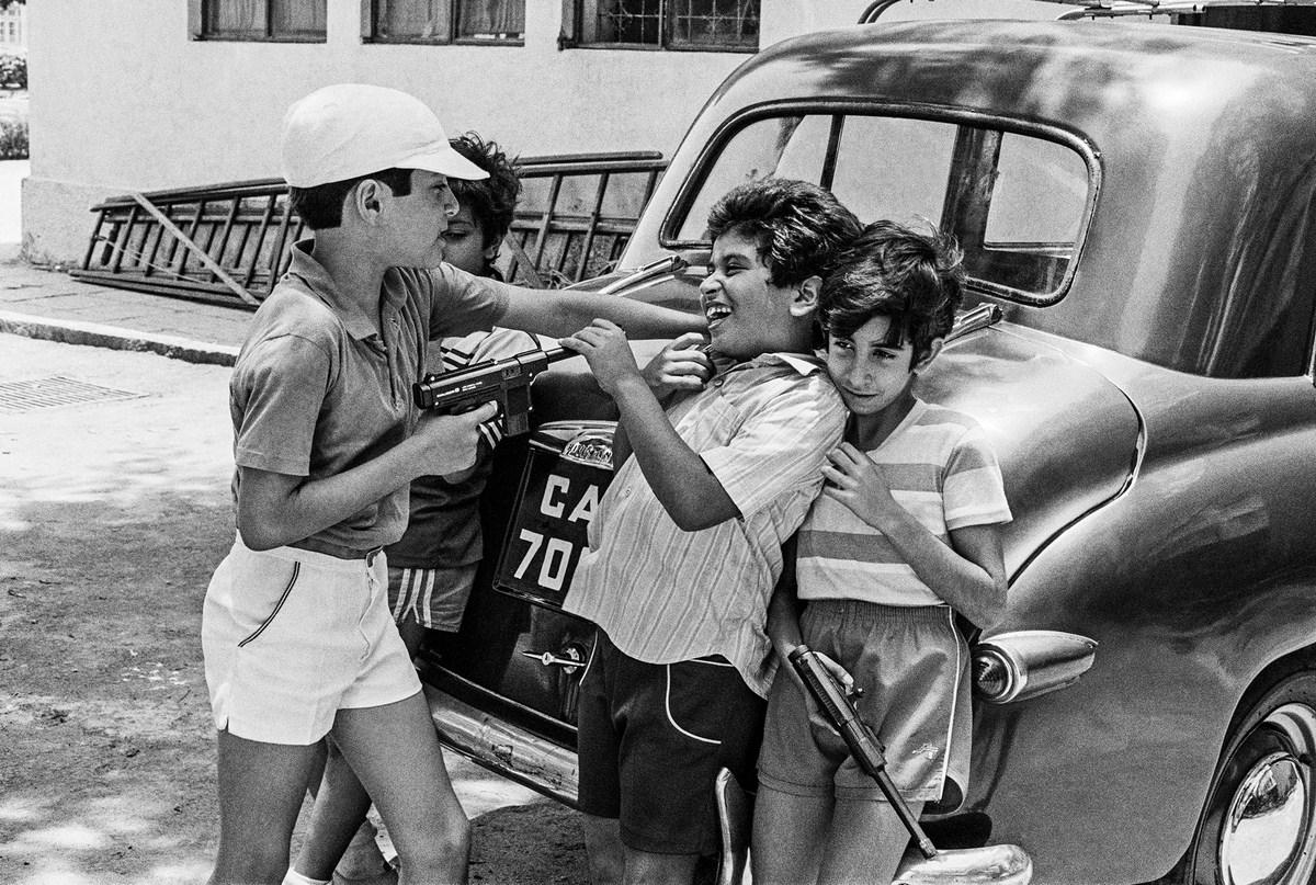 "Gun Battle at Cusrow Baug Bombay 1985 | Archival pigment print | 24"" x 35"""