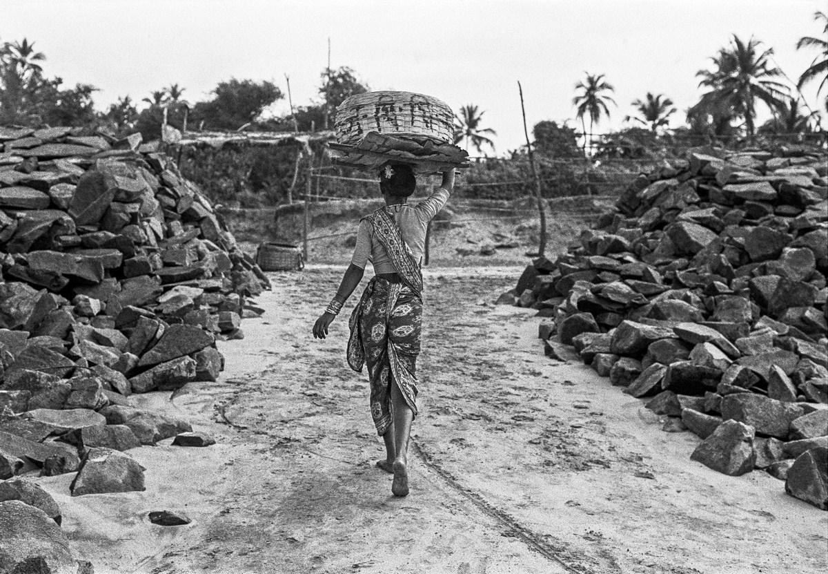 "Koli grace Bombay 1977 | Archival pigment print | 24"" x 35"""