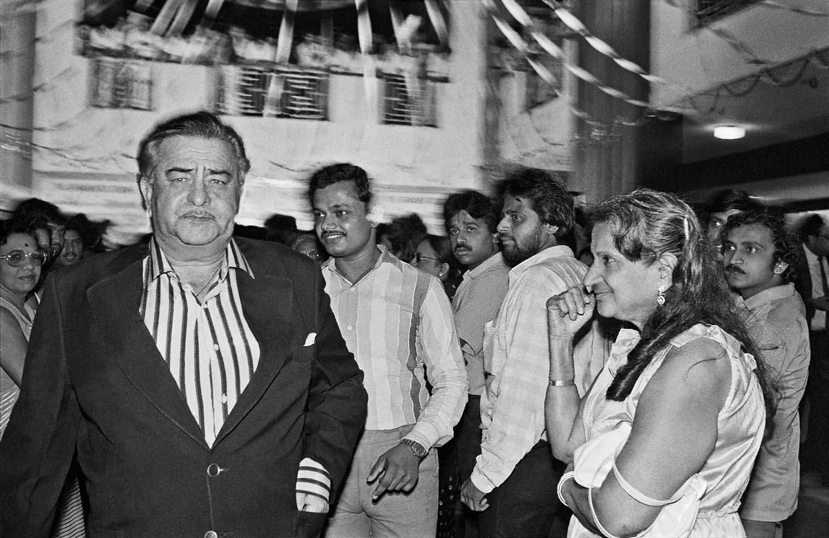 "Raj Kapoor and fan, Janbaaz premiere, Metro Cinema Bombay 1986 | Archival pigment print | 24"" x 35"""