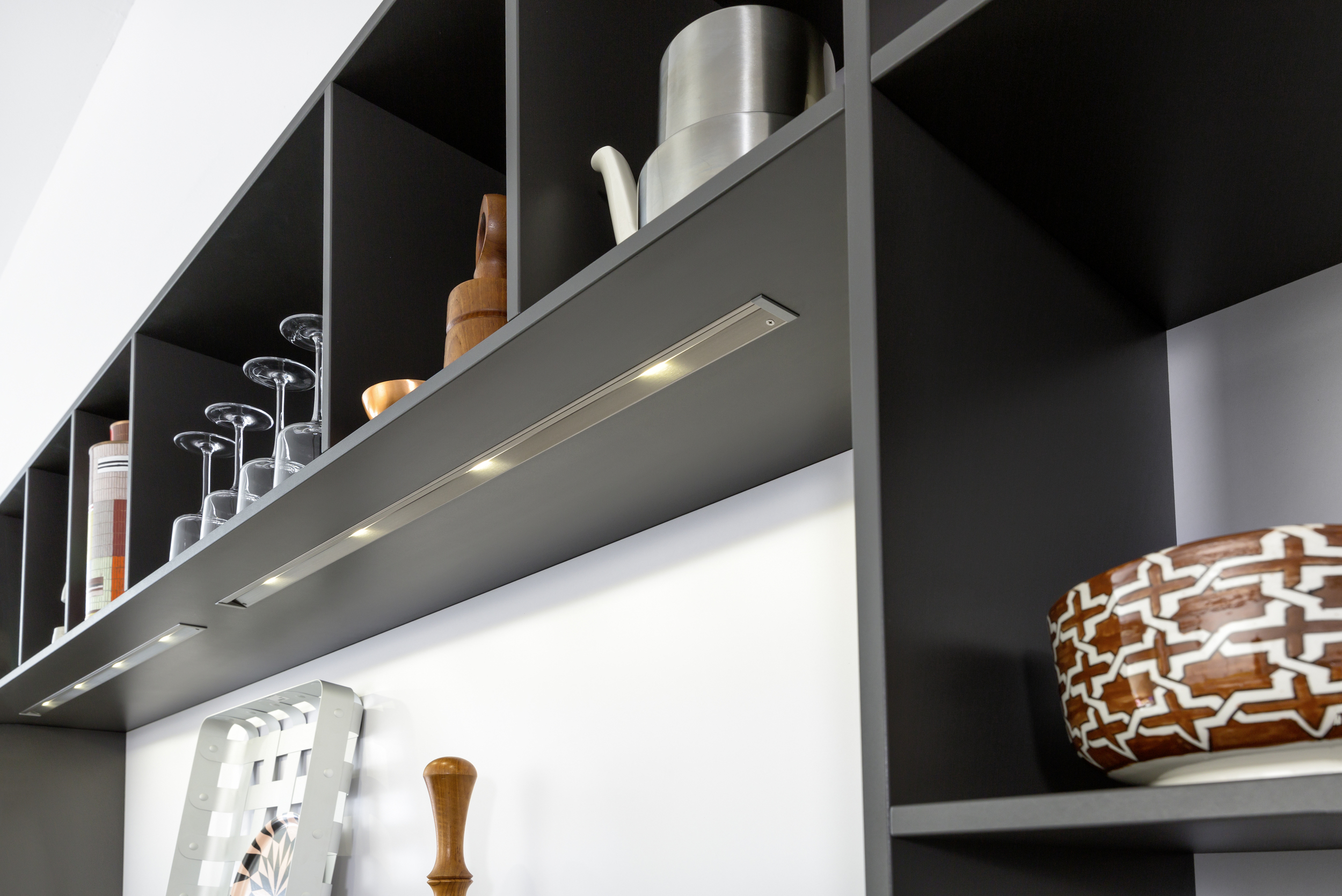 Contour Kitchens Cheltenham - Integrated lighting
