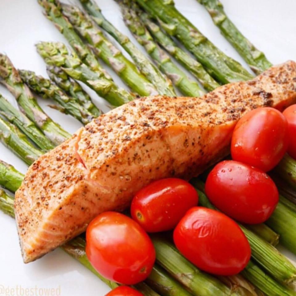 salmonAsparagus.jpeg