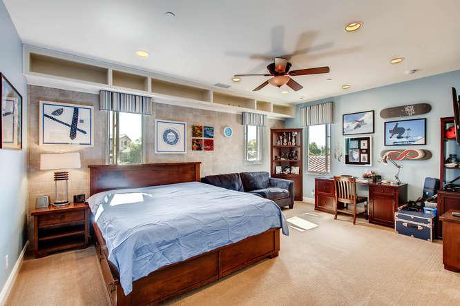 7923 High Time Ridge San Diego-small-020-27-2nd Floor Bedroom-666x444-72dpi.jpg