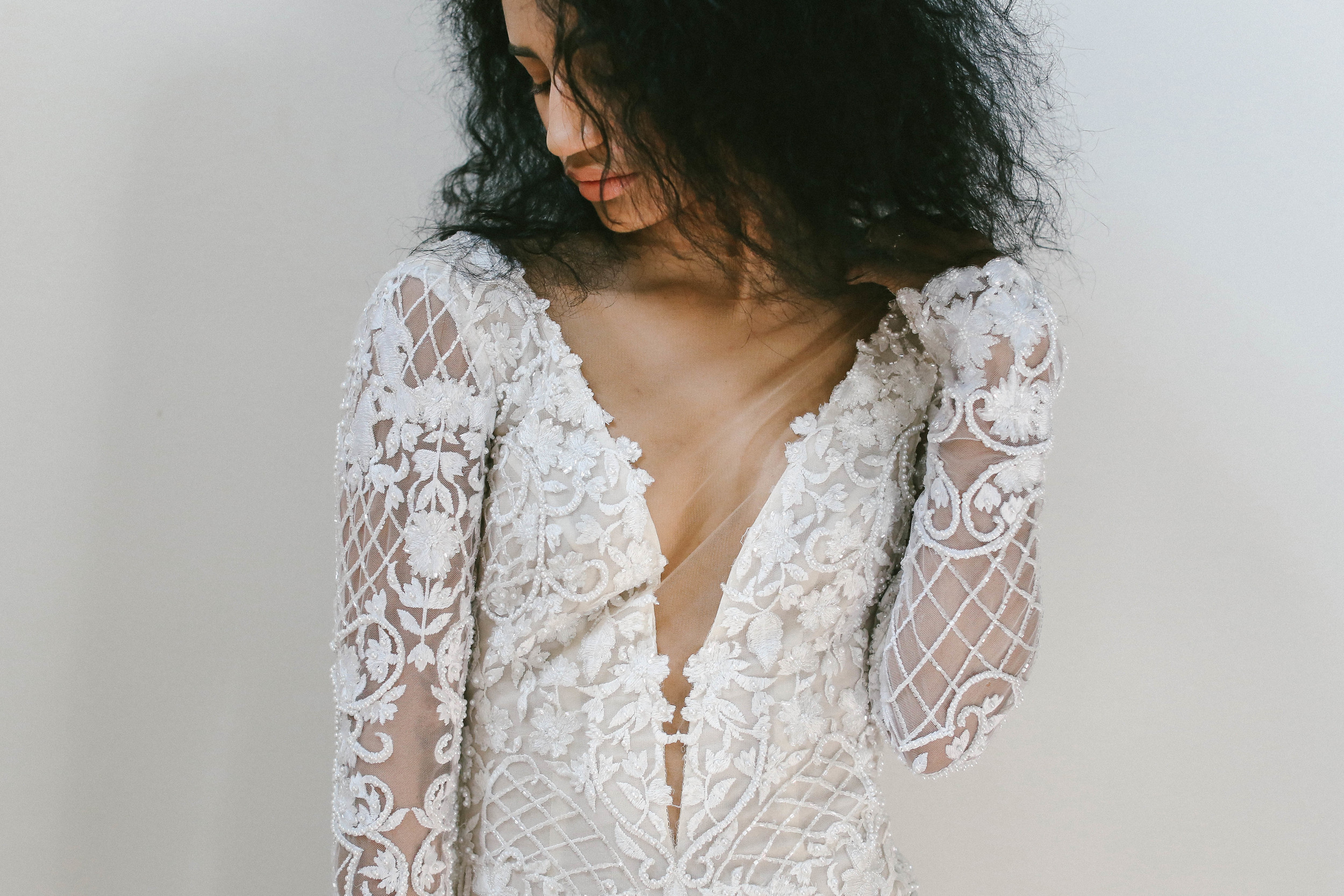 finery-boutique-huntsivlle-alabama-bohemian-wedding-shop-odylyne-the-ceremony-yolan-cris-bride-bridal-yaki-ravid-berta-calla-blanche-lookbook-cool-nashville-tenessee-plunge