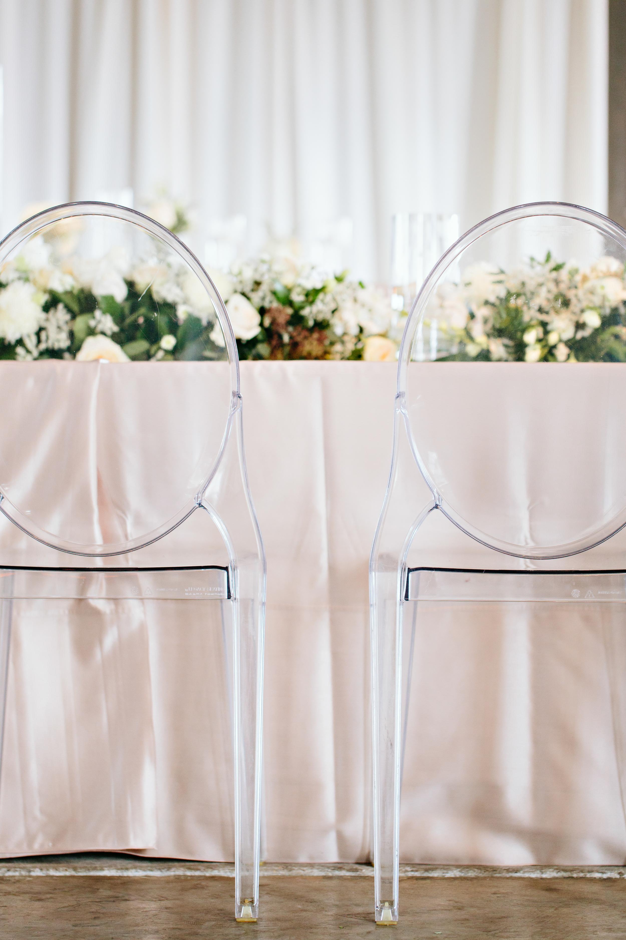 ghostchairs-acrylic-finery-fineryboutique-weddingplanner-weddingcoordinator-stylist-designer-alabama-tennessee-finerybride-southernwedding