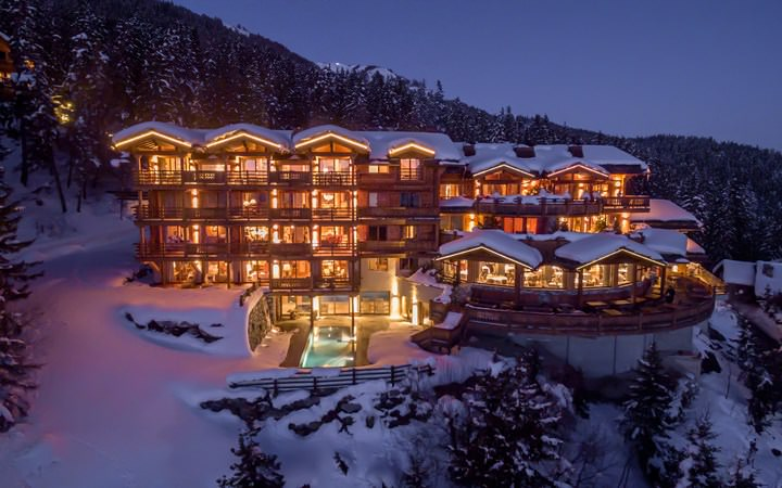 Le Crans review in the winter