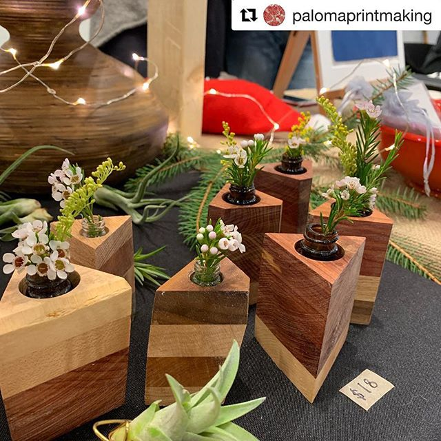 #Repost @palomaprintmaking with @get_repost ・・・ It's happening as we speak: Holiday Pop Up @a2artcenter by @ypsialloystudios Come visit us!! #holidaysale #artsale #annarbor #gifts #art #sale #michiganartist #homedecor #jewelery #prints #handmade