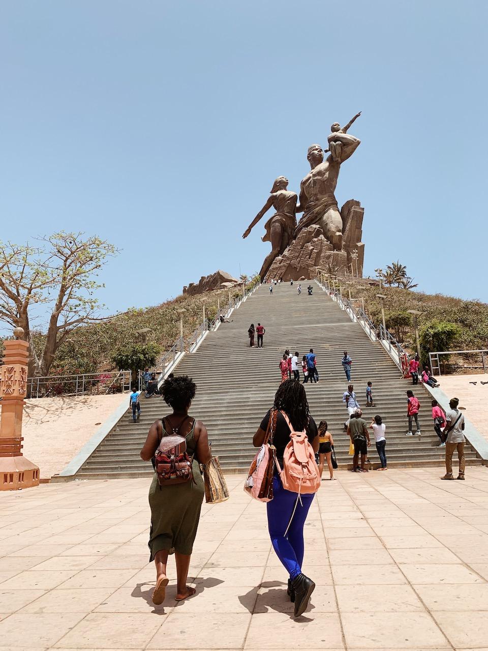 Dakar_Monument_Renissance_Ternaga Retreat.JPG