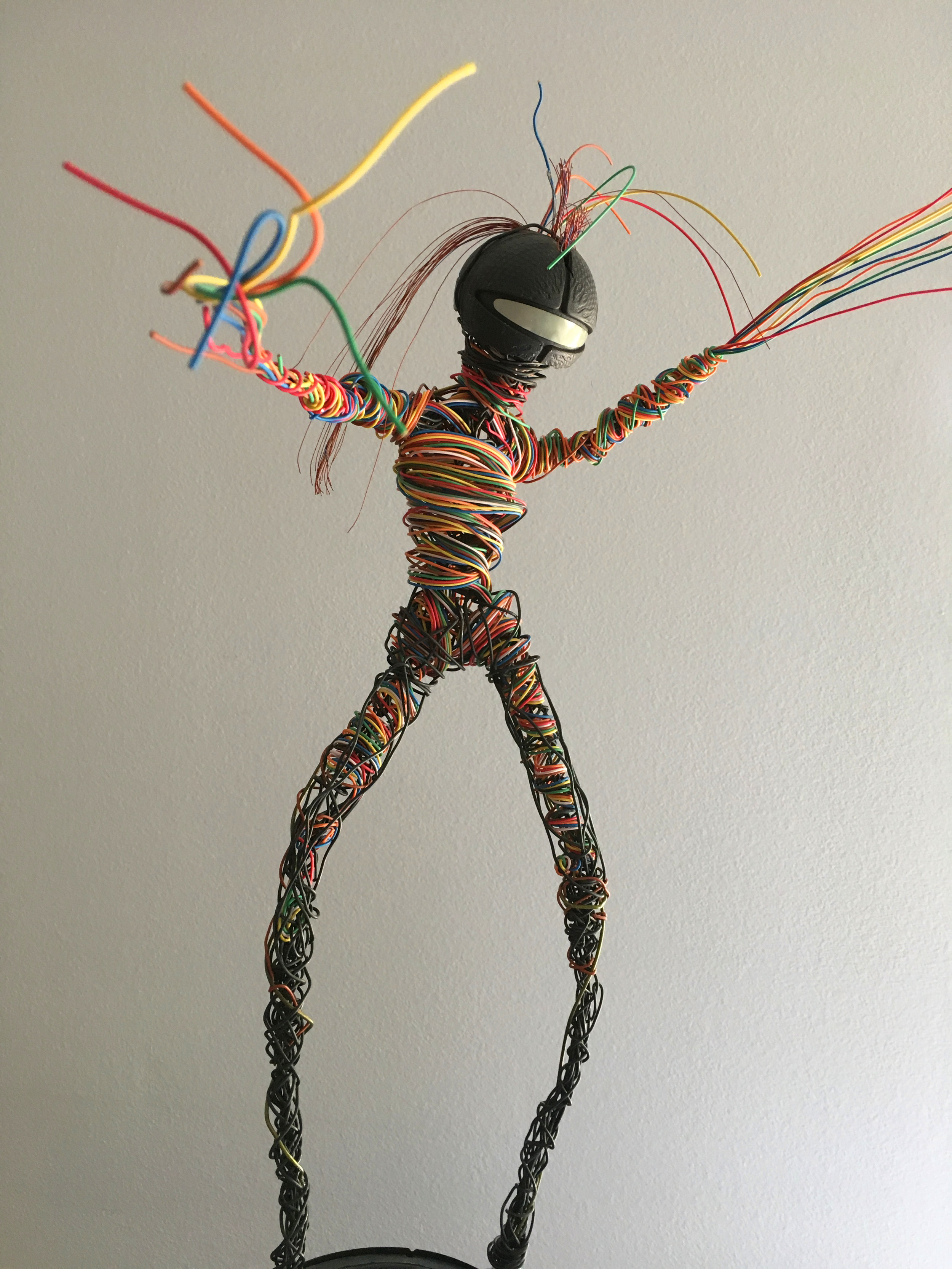 """LINDA, reclaimed wire sculpture, is one of seven characters in a series titled """"Wired Up,"""" 2016."""
