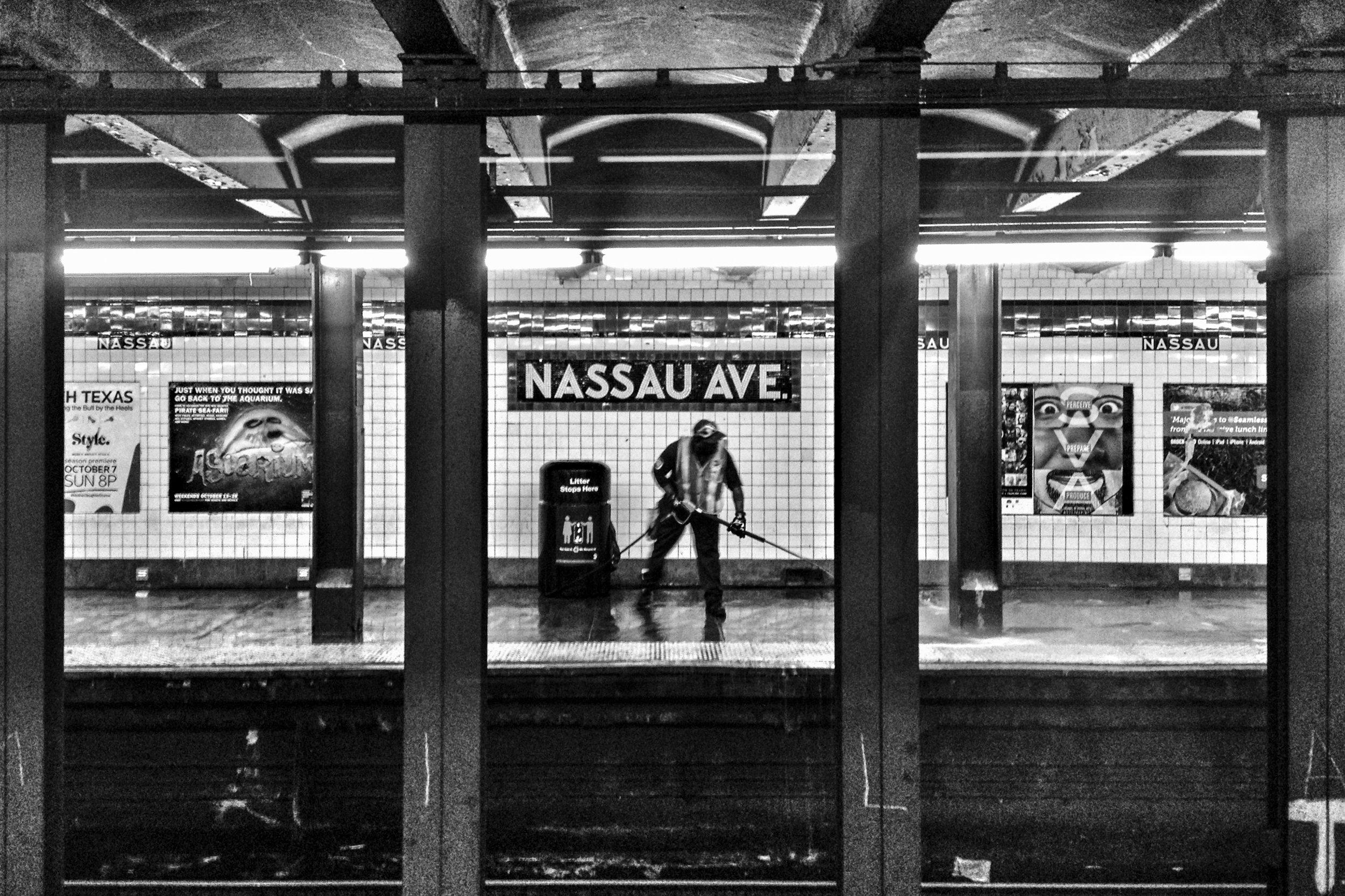 Snowstorm_Subway 05.jpg