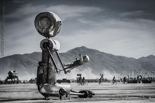 Robot-Holding-Me.jpg