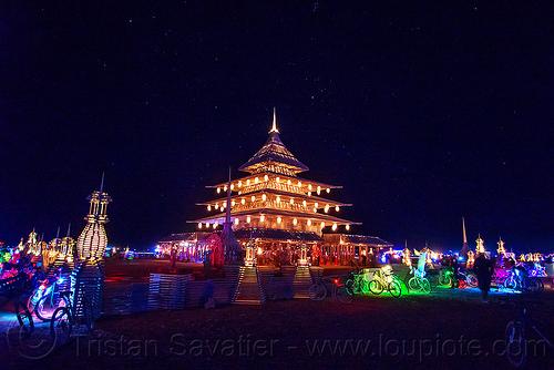 temple-night-glowing-bicycles-burning-man-2016-29122687864.jpg