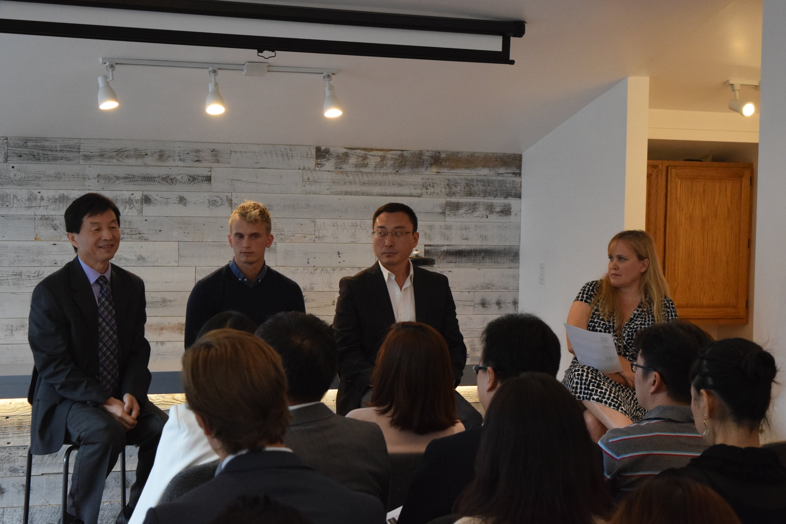 Charlotte Danielsson on a panel discussing US-China B2B strategies, opportunities, and best practices for better understanding and more successfully entering and capitalizing on business opportunities in US & China