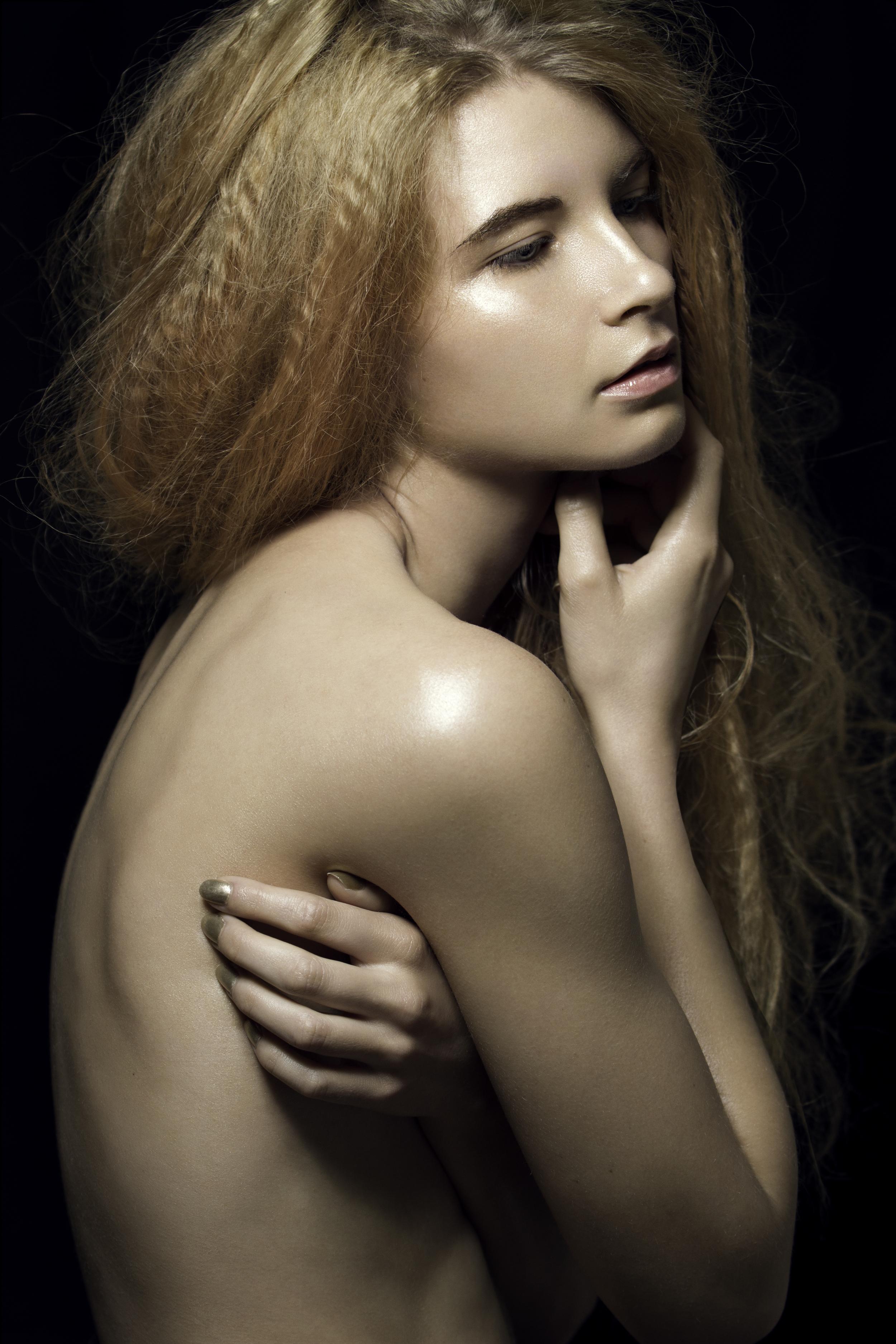 Amber Makeup Editorial_Nicole York Photography-089.jpg