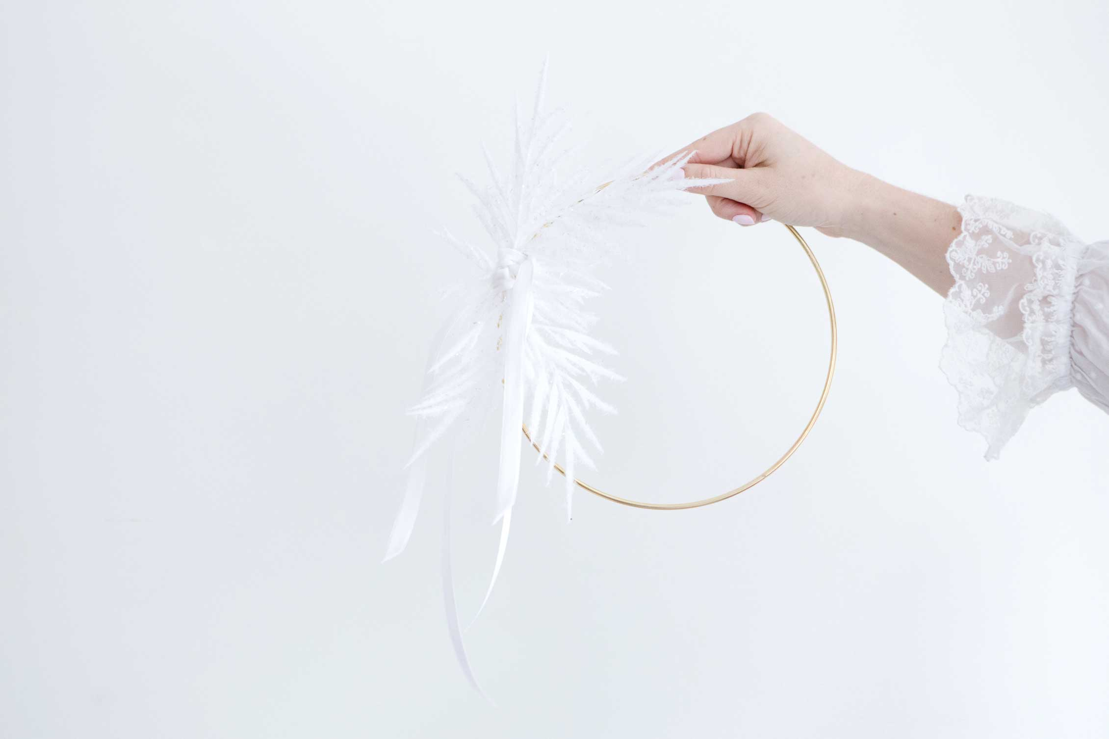 StudioBicyclette_ModernMinimalWreath-19.jpg