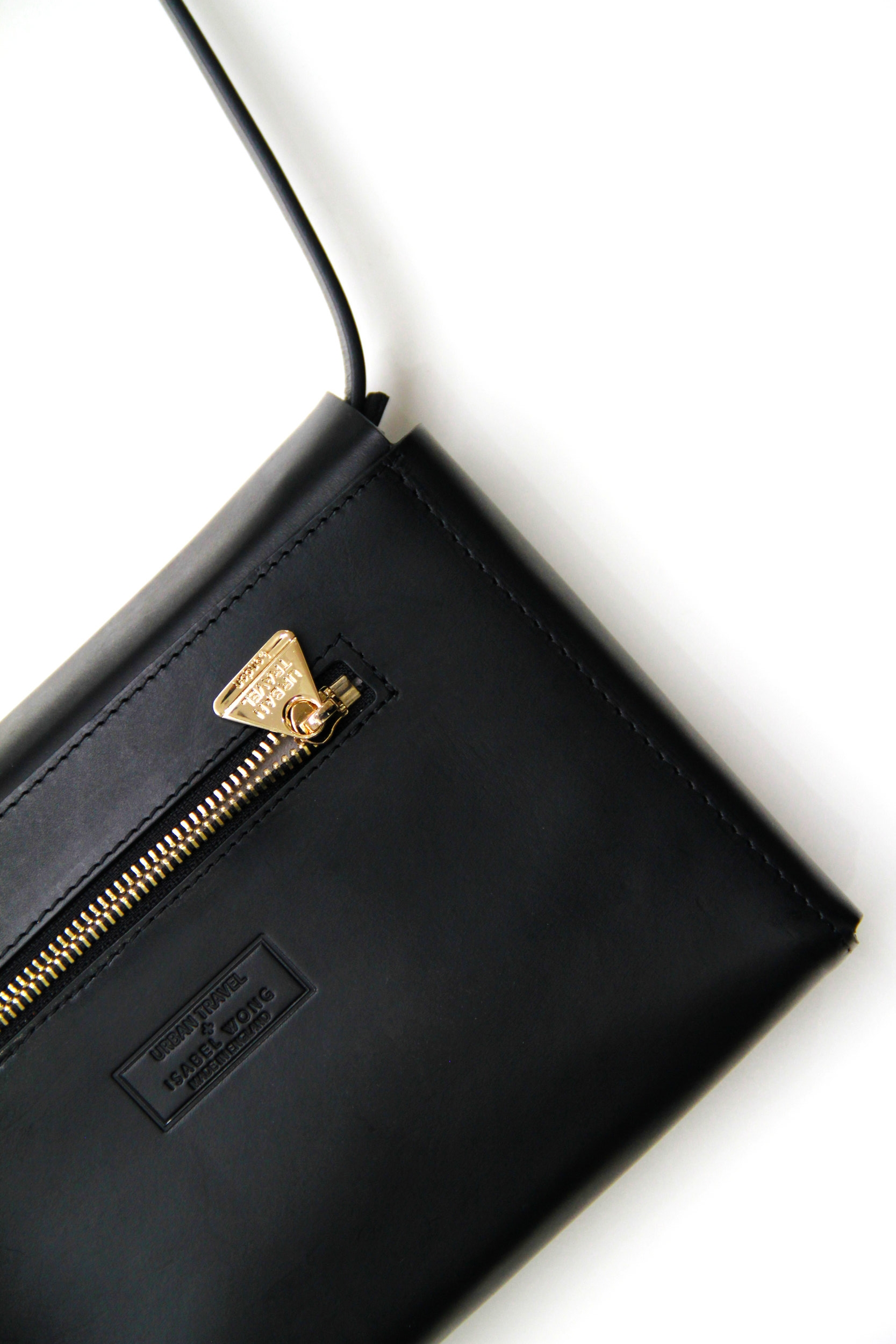 Evo Leather Clutch Black Back View -Urban Travel x Isabel Wong.jpg