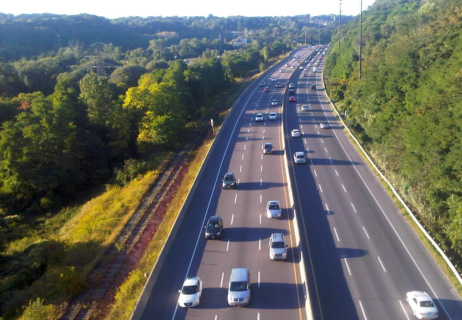 don valley parkway highway - 10 minutes to downtown toronto