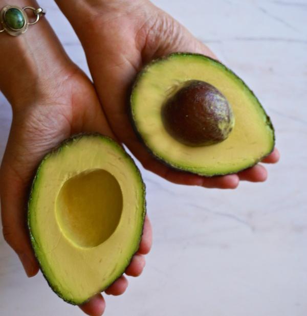 Perfect Avocados | Epic Vegan Nachos | Sproutly Stories