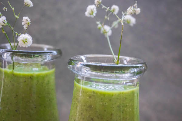 Hormone Balancing Green Smoothie | Nourished Natural Health