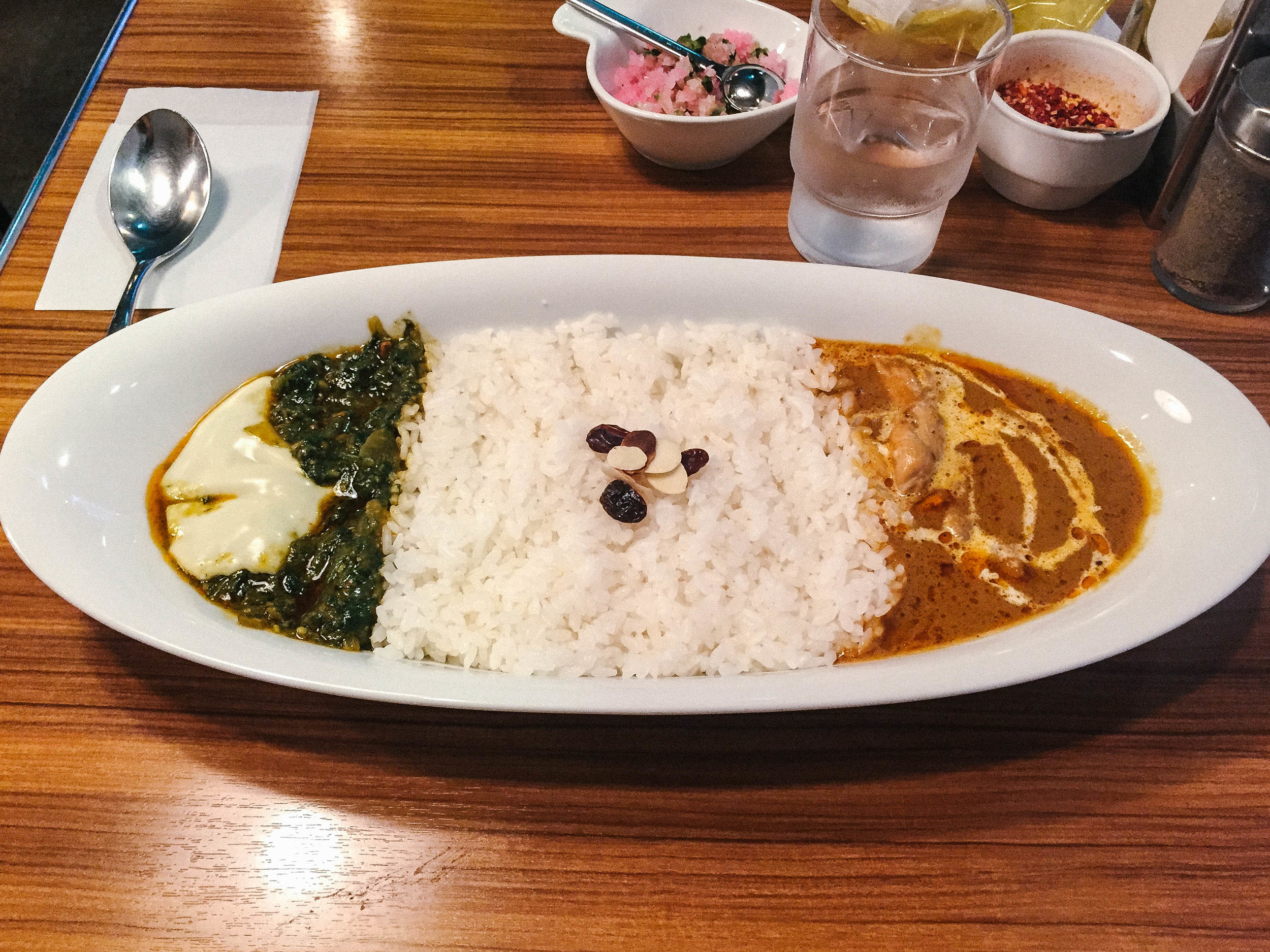Combination Curry: Saag Paneer + Butter Chicken ( ¥1100)