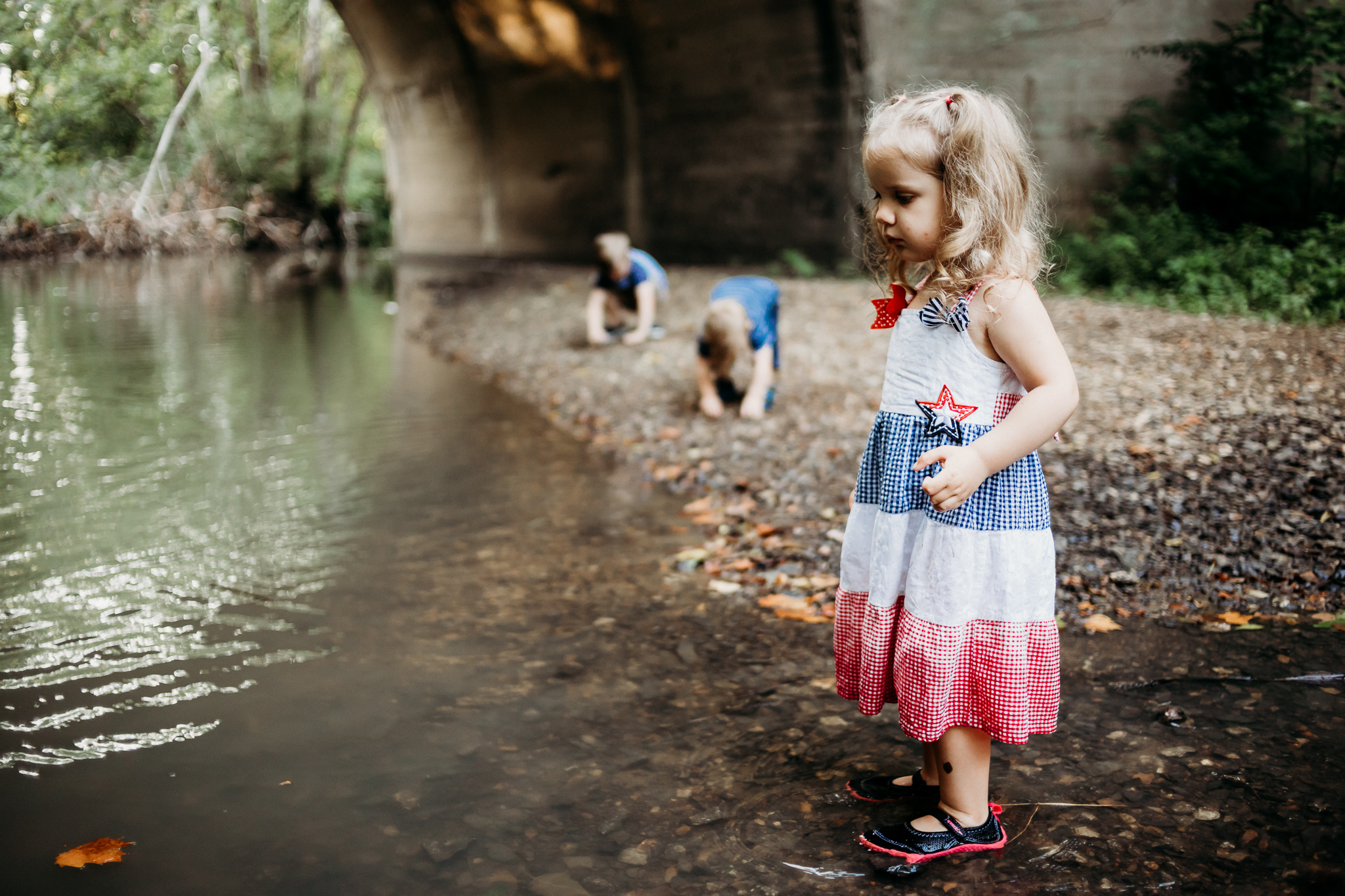 kansas-city-family-photography-at-rush-creek-by-merry-ohler.jpg