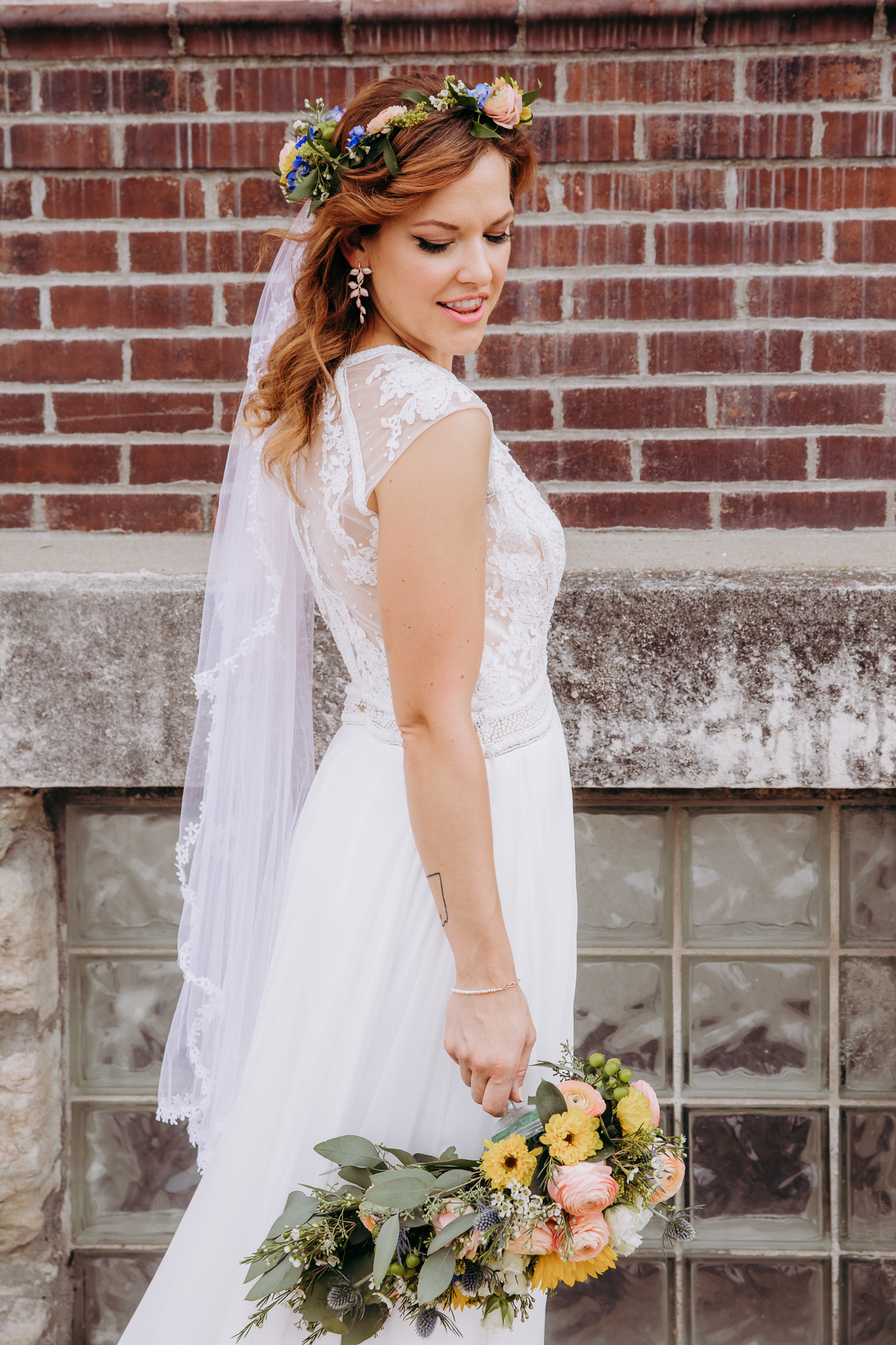 Wedding Photography in Downtown Kansas City by Merry Ohler (1)