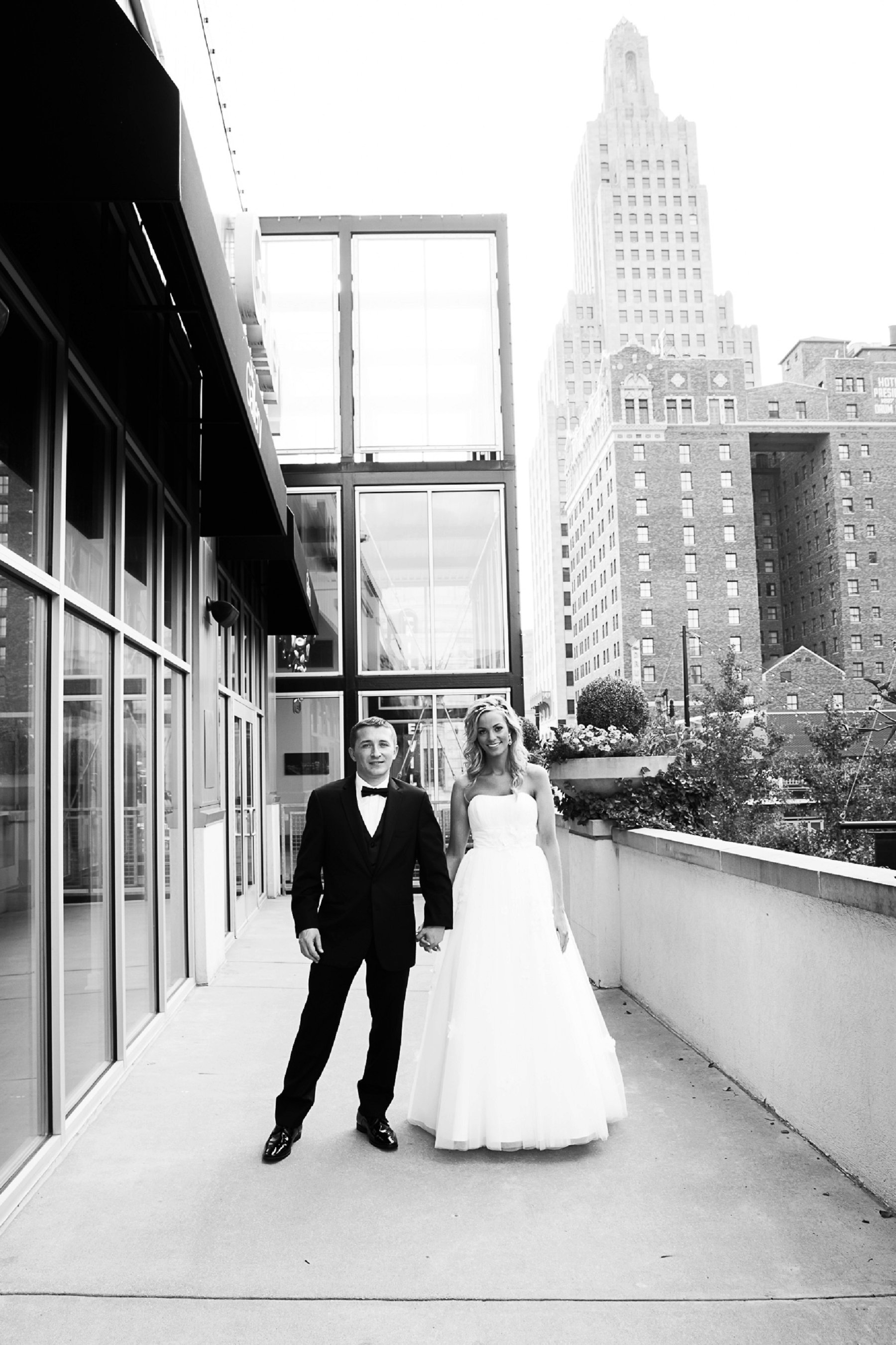 Black and White Wedding Photography in Kansas City by Wedding Photographer, Merry Ohler