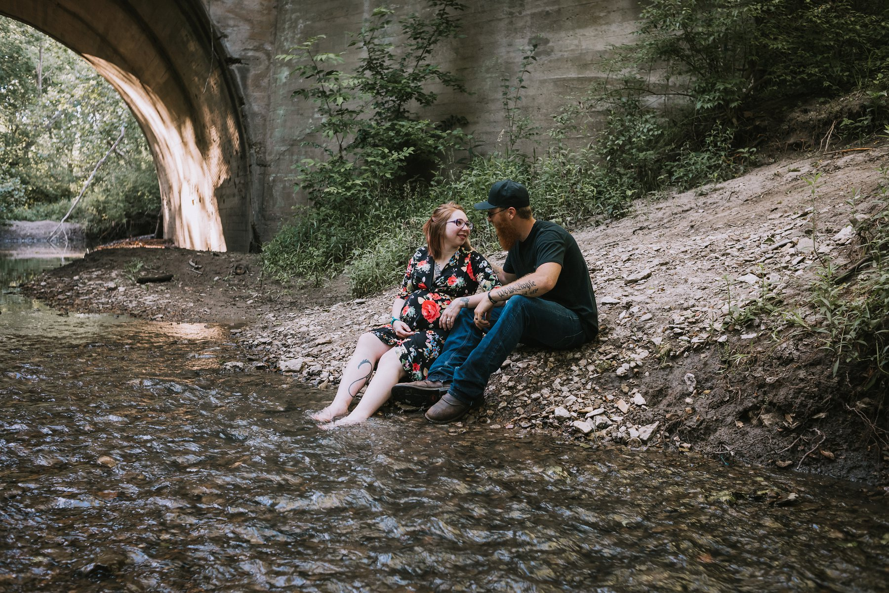Creek Maternity Photography in Kansas City by Merry Ohler | Wedding Photographer Kansas City-16