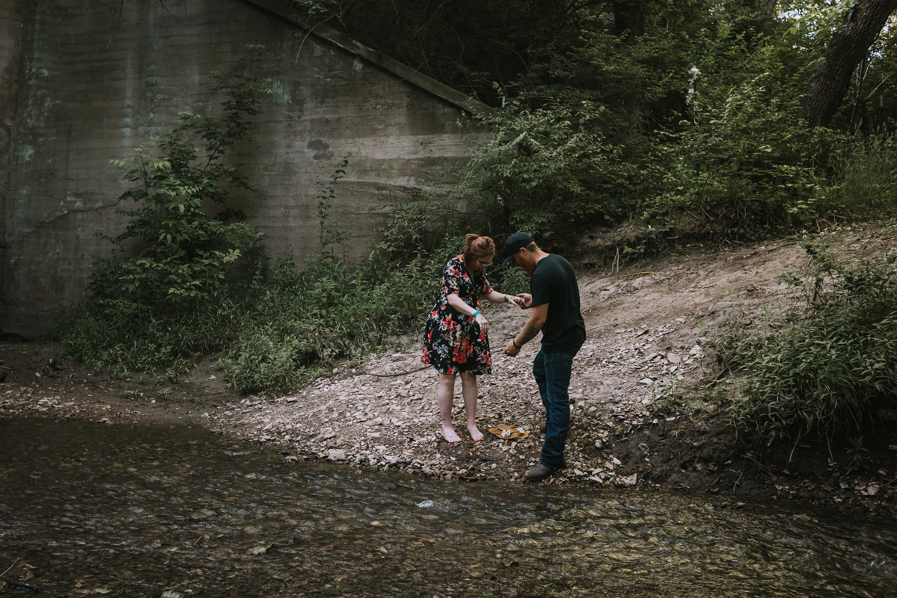 Creek Maternity Photography in Kansas City by Merry Ohler | Wedding Photographer Kansas City-21