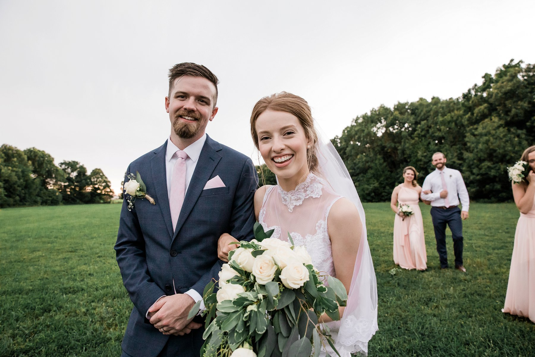 Outdoor Summer Wedding Photography in Kansas City by Merry Ohler, wedding photographer kansas city - 35