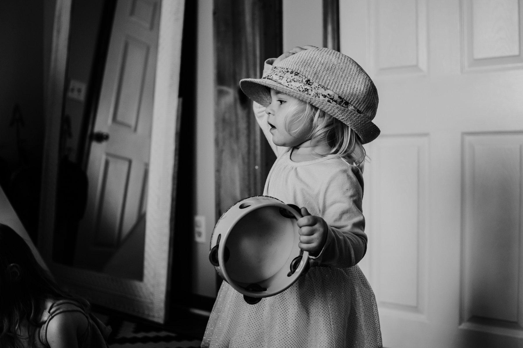 Documentary Lifestyle Motherhood Photography in Kansas City by Merry Ohler | Family Photographer Kansas City 4