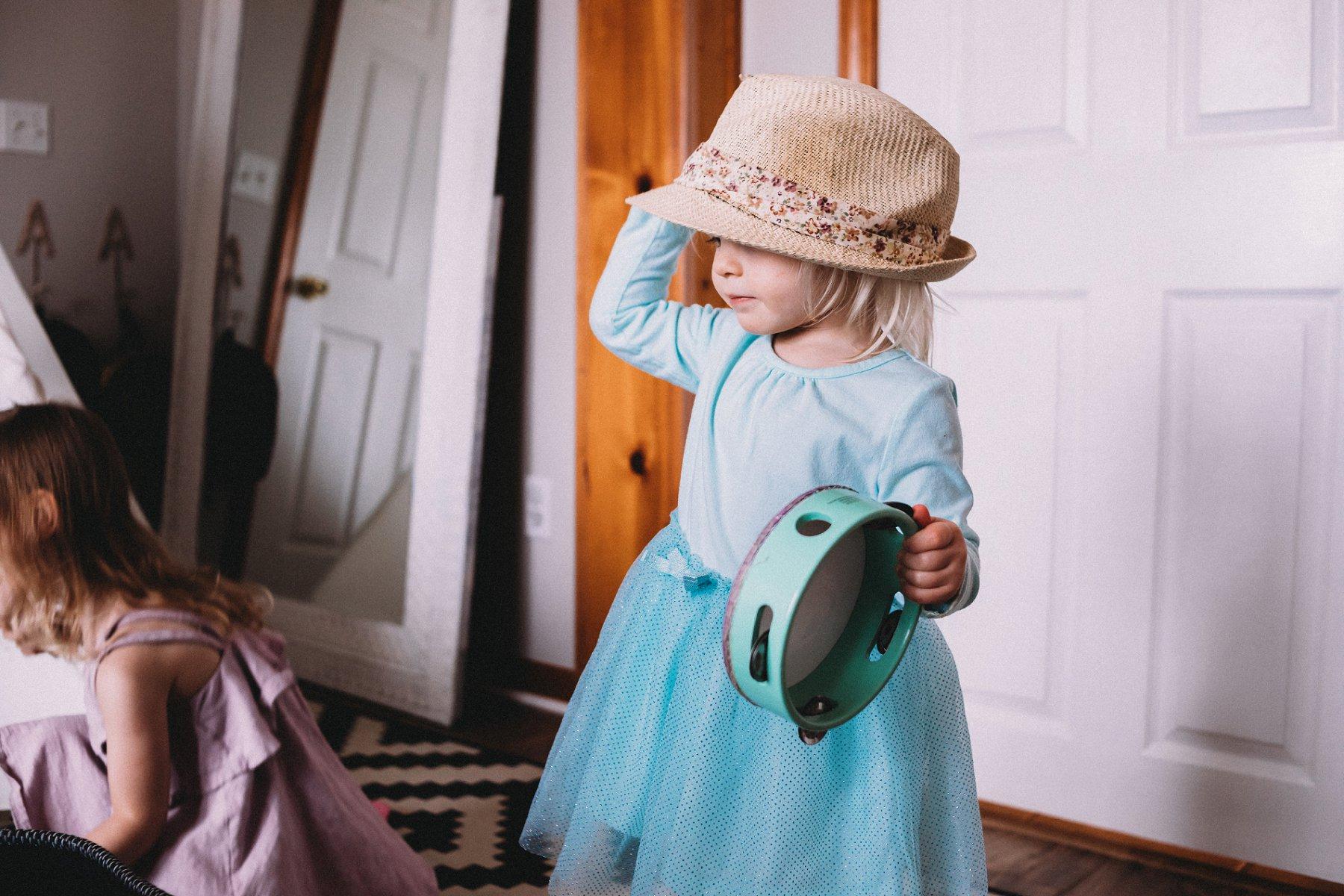 Documentary Lifestyle Motherhood Photography in Kansas City by Merry Ohler | Family Photographer Kansas City 2