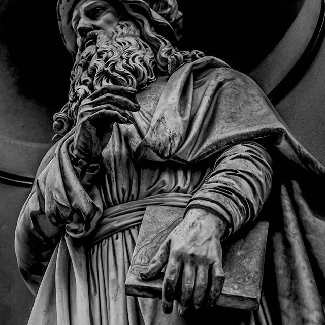 #florenceitaly🇮🇹 #florence #adventure #explore #sonya7iii #tamaron #Europe #architecture #abroad #photography #lightroommobile #statue #history