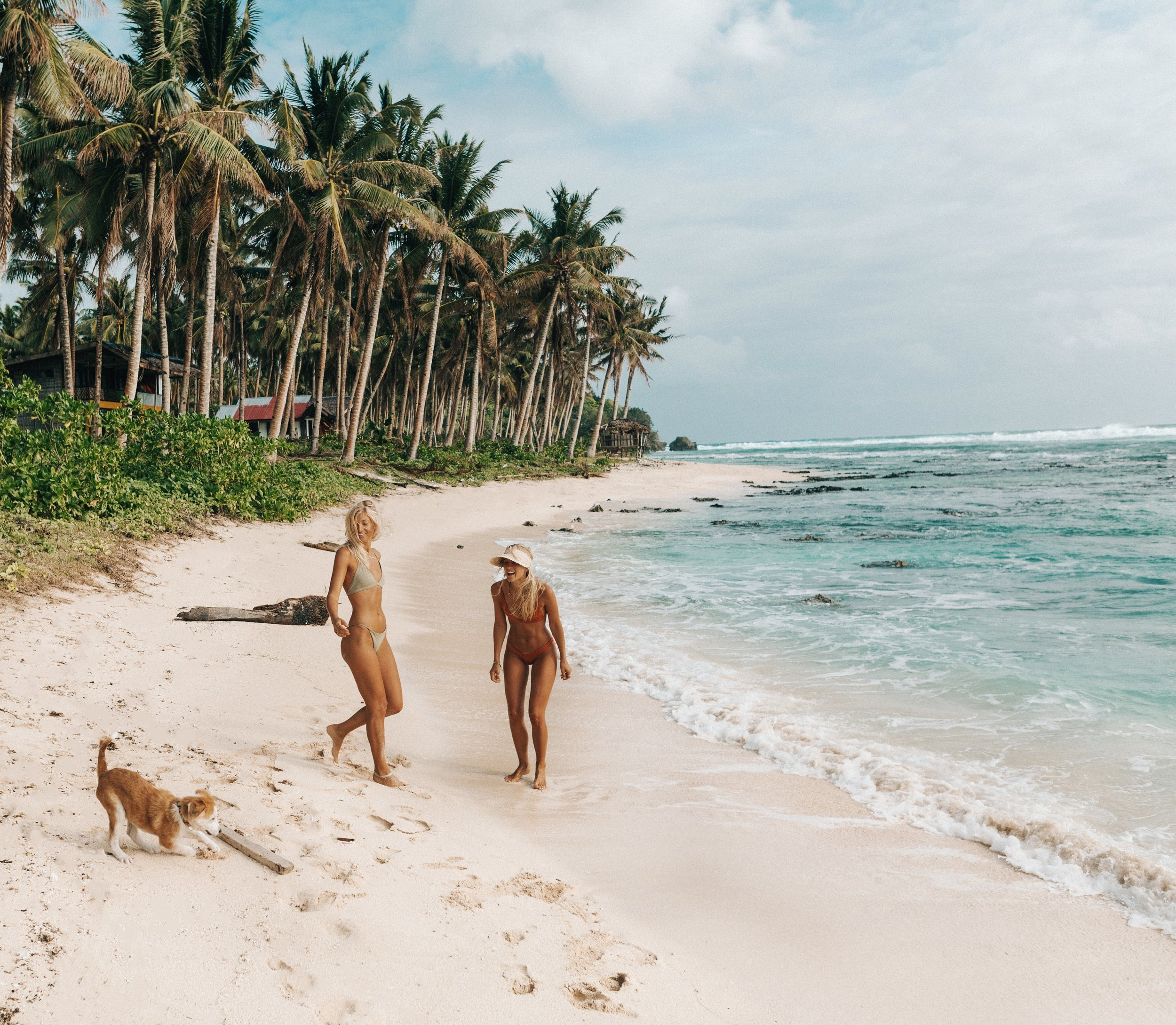 Fetch on the beaches of Siargao