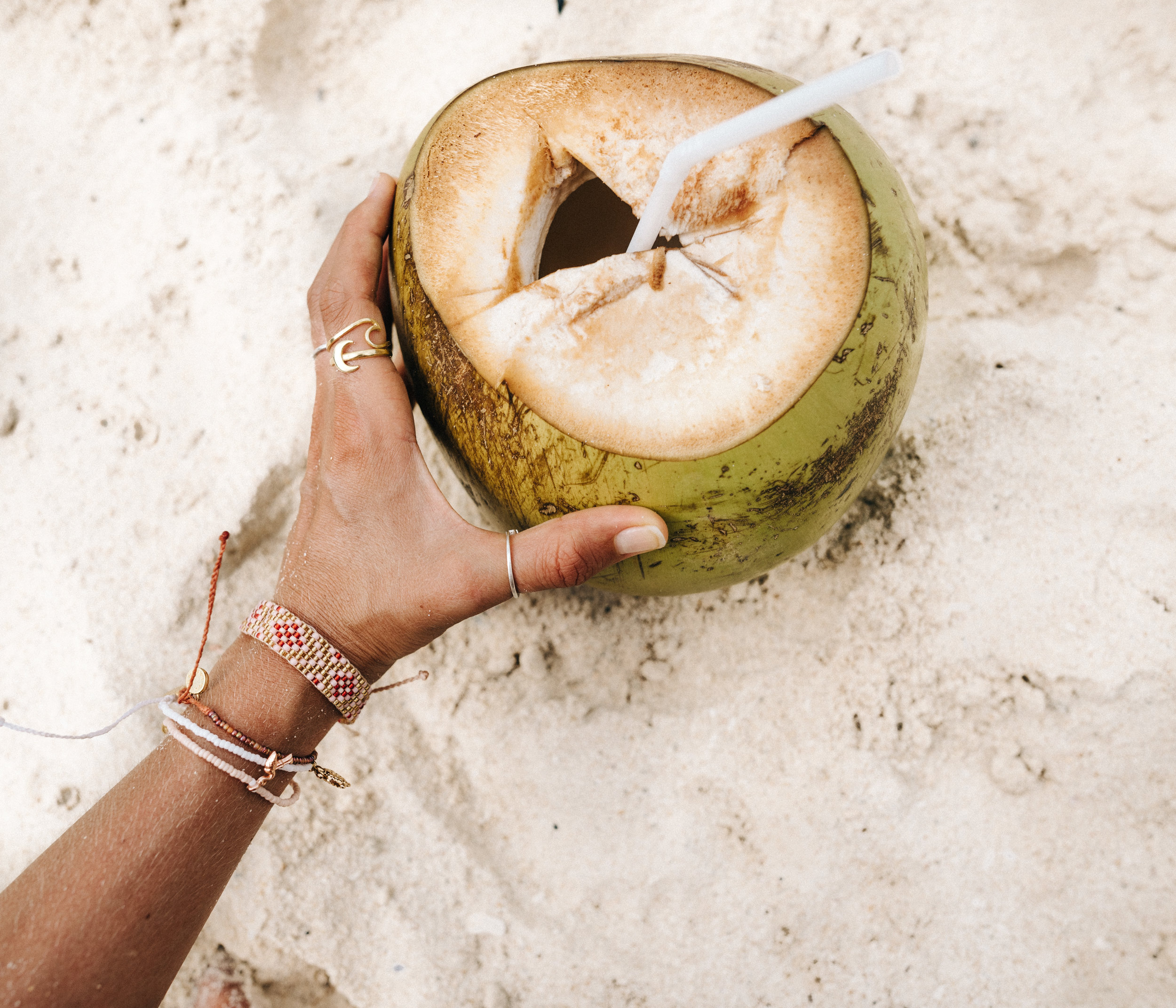 Cold coconuts to hydrate in the sun