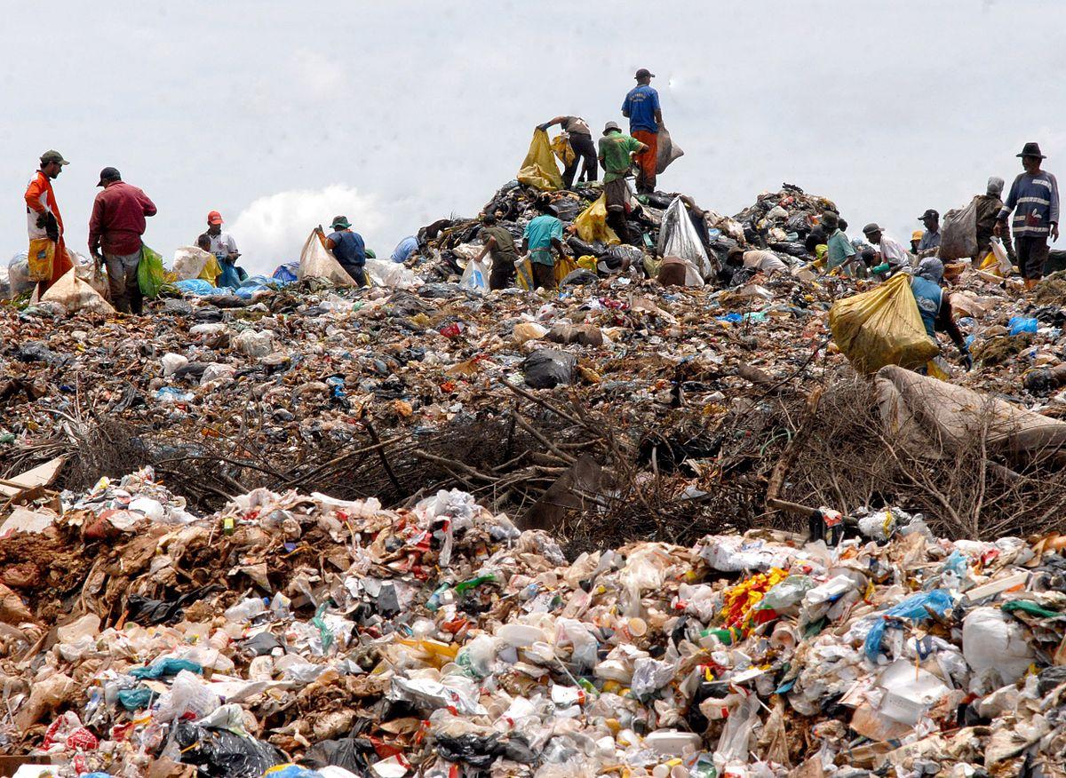 plastic-waste-1.jpg