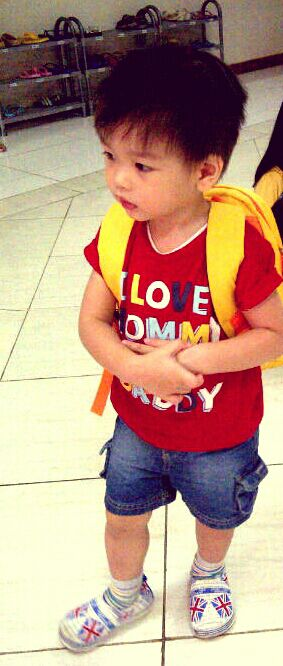 Hari pertama sekolah (Nursery--2+ tahun)
