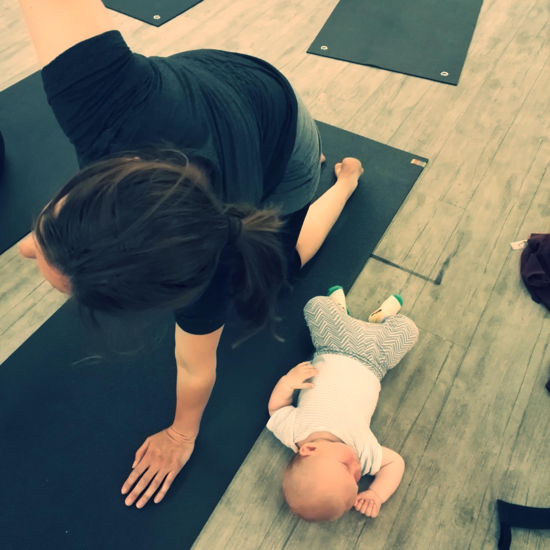 Mum & baby pilates for pelvic floor