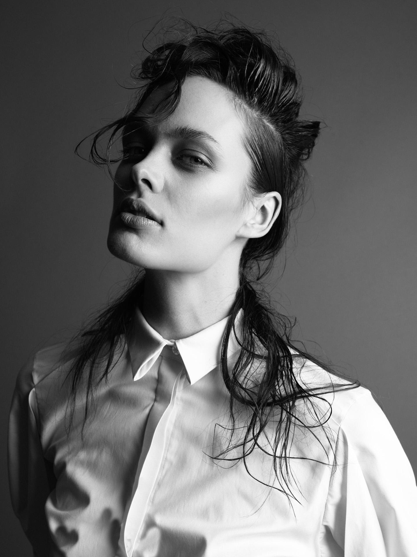 Roberto Aguilar_Photographer_Insp-Youth-Ellen-look1-day2_0056.jpg