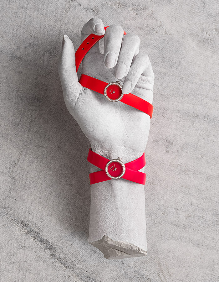 Dior-hands-4-web.jpg