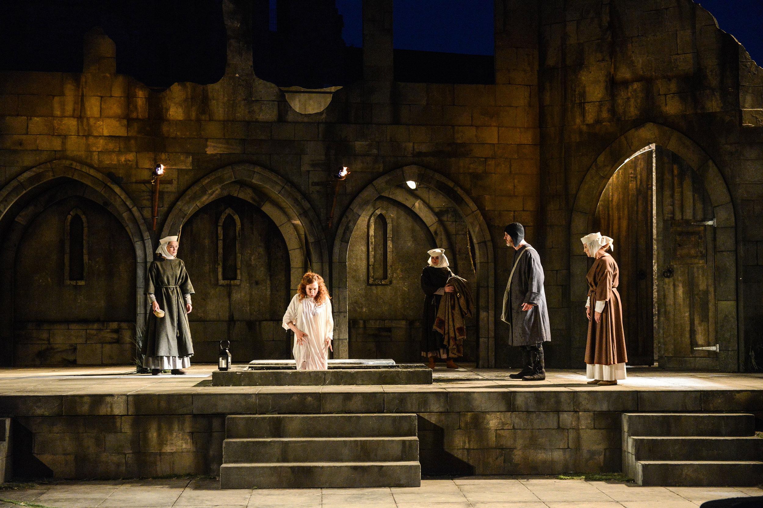 Macbeth 9.jpg