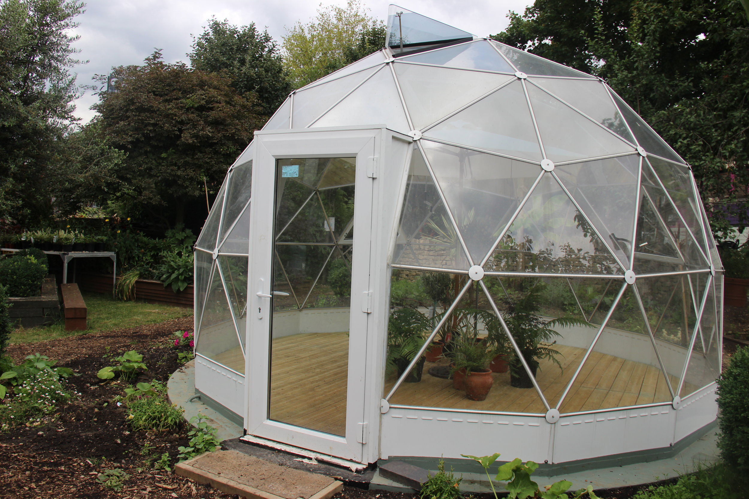 Solar dome at Walworth Garden