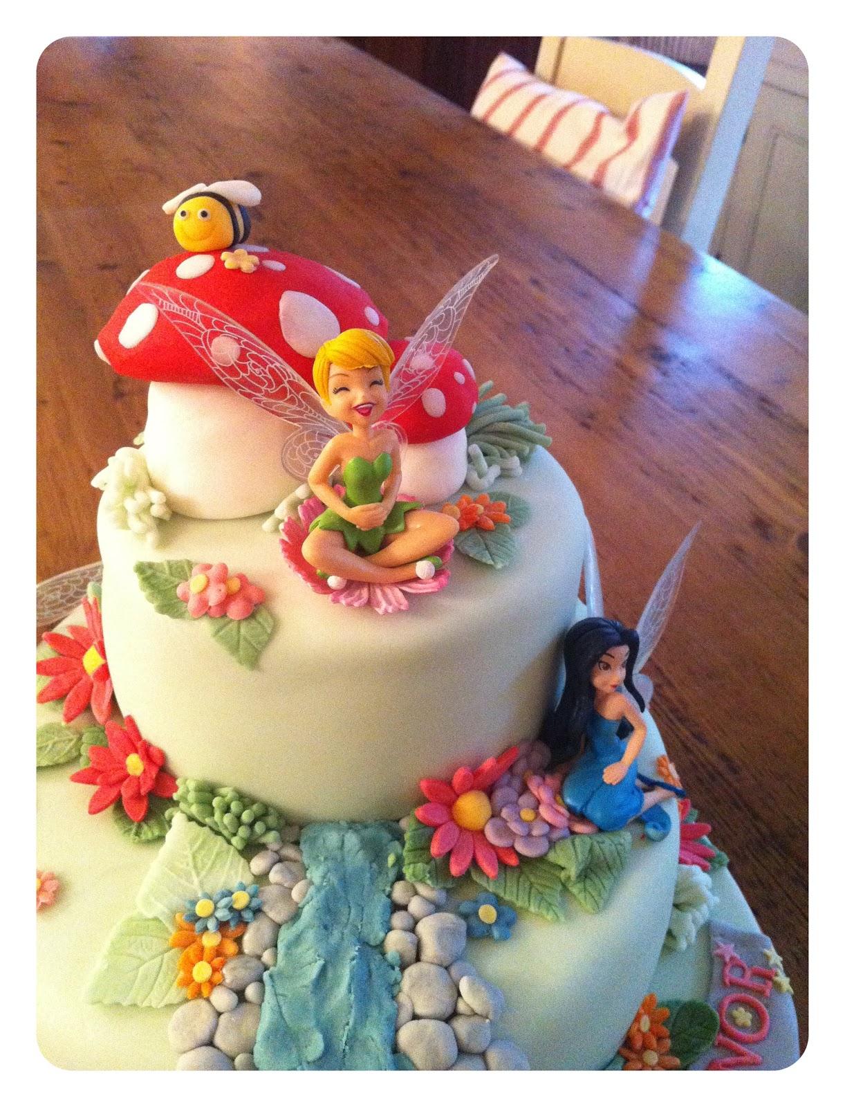 tink cake 3.JPG